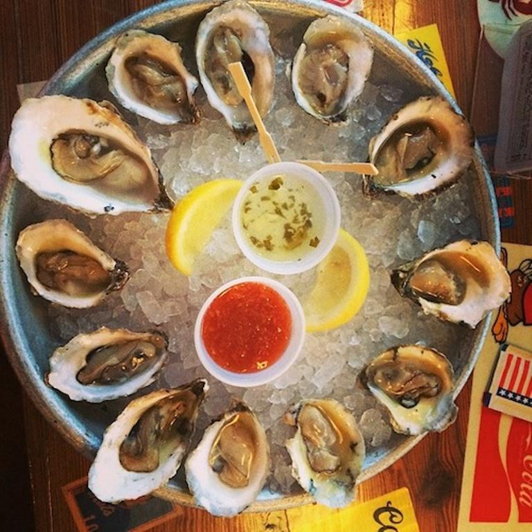 Check Out Brooklyn's $1 Oyster Happy Hours Spots!