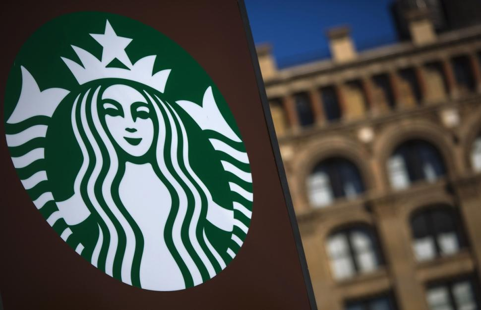 Starbucks Will Launch A Delivery Service!