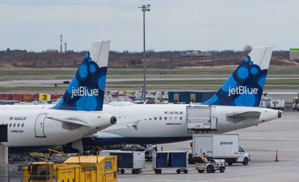 JetBlue To Recruit 24 Flight Students With No Experience To Be Pilots