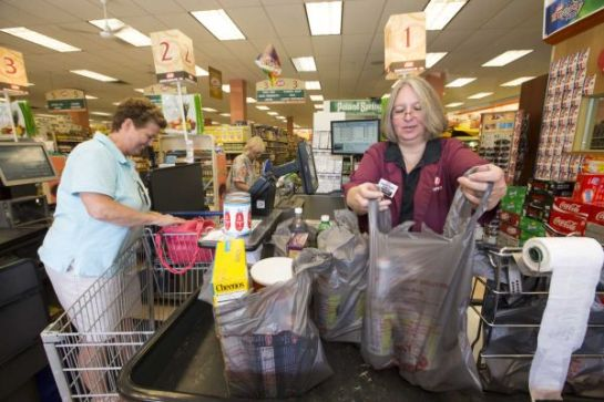 New Yorkers Soon Will Be Paying A 5-Cent Plastic Bag Fee!