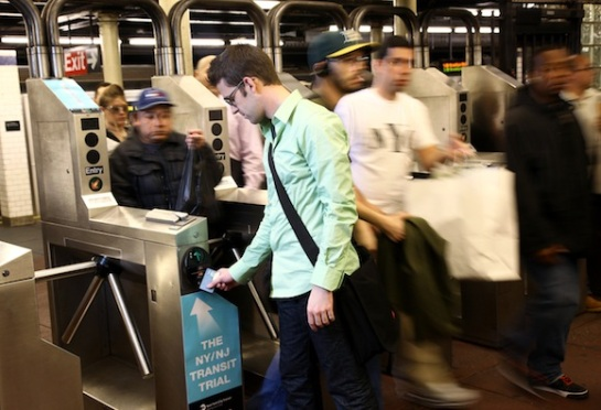 mta-anticipates-you-will-no-longer-swipe-metrocards-by-2022