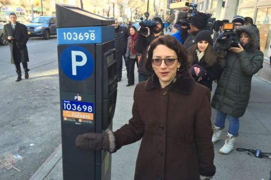 drivers-in-manhattan-will-now-be-able-to-pay-for-on-street-parking-with-their-smartphones